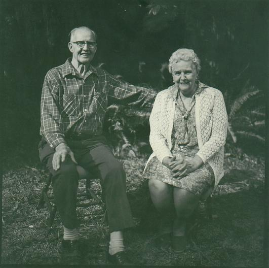 Image:Roy Veregge and Grace Zent portrait1.JPG