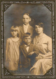 Reeves Family from the late 1920's; Clockwise from Top: Edward K. jr, Hattie, Wallace, Mabel